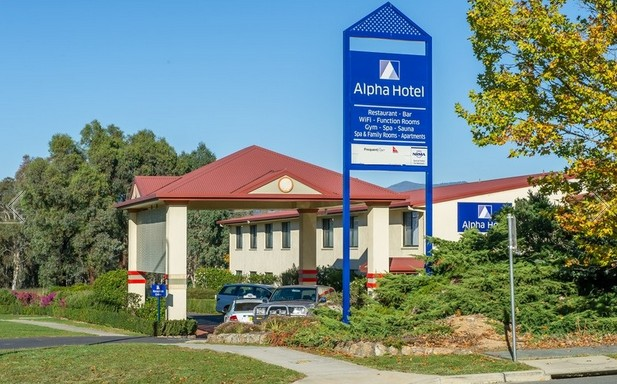 Alpha Hotel Canberra - Accommodation Search