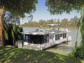 Moving Waters Self Contained Moored Houseboat - Accommodation Search