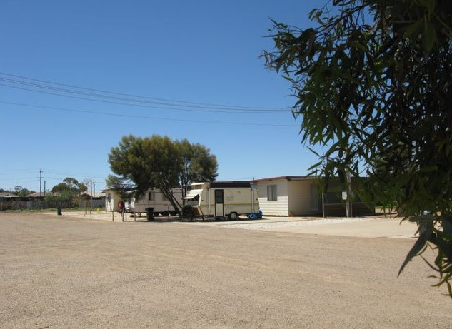 Silverland Caravan Park - Accommodation Search