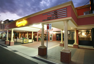 The Commodore Motor Inn - Accommodation Search