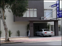 Hello Adelaide Motel  Apartments - Accommodation Search