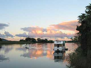 Tweed River Houseboats - Accommodation Search