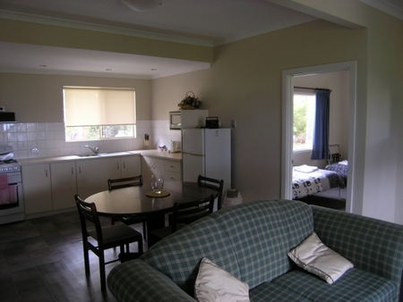 Lilacs Waterfront Villas and Cottages - Accommodation Search