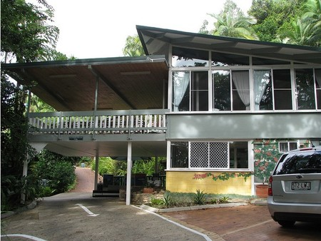 Tree Tops Lodge Cairns - Accommodation Search