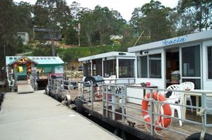 Clyde River Houseboats - Accommodation Search