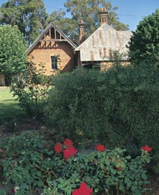 Heritage Rose Garden - Accommodation Search