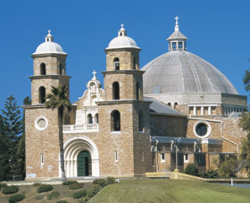 St Francis Xavier Cathedral - Accommodation Search