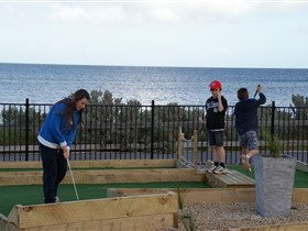 Port Vincent Putt Putt - Accommodation Search