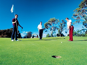 Oatlands Golf Course - Accommodation Search