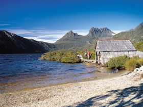 Dove Lake Circuit - Accommodation Search