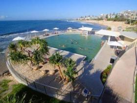 Kings Beach - Beachfront Salt Water Pool - Accommodation Search