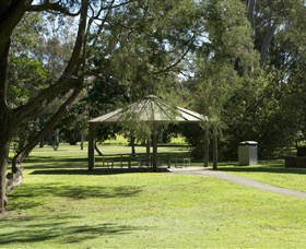 Alexander Clark Park - Accommodation Search