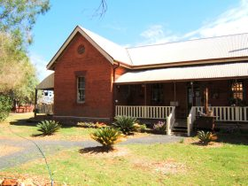 Thargomindah Visitor Information Centre - Accommodation Search