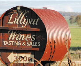 Lilliput Wines - Accommodation Search