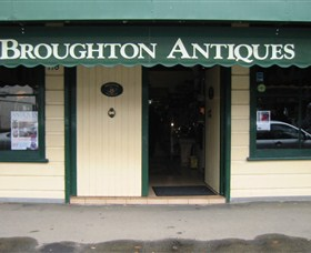 Broughton Antiques - Accommodation Search