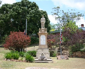 Herberton War Memorial - Accommodation Search