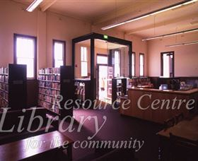 Sir Henry Parkes Memorial School Of Arts Tenterfield - Accommodation Search