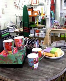 The Famous Tinonee Cafe and Gift Shop - Accommodation Search