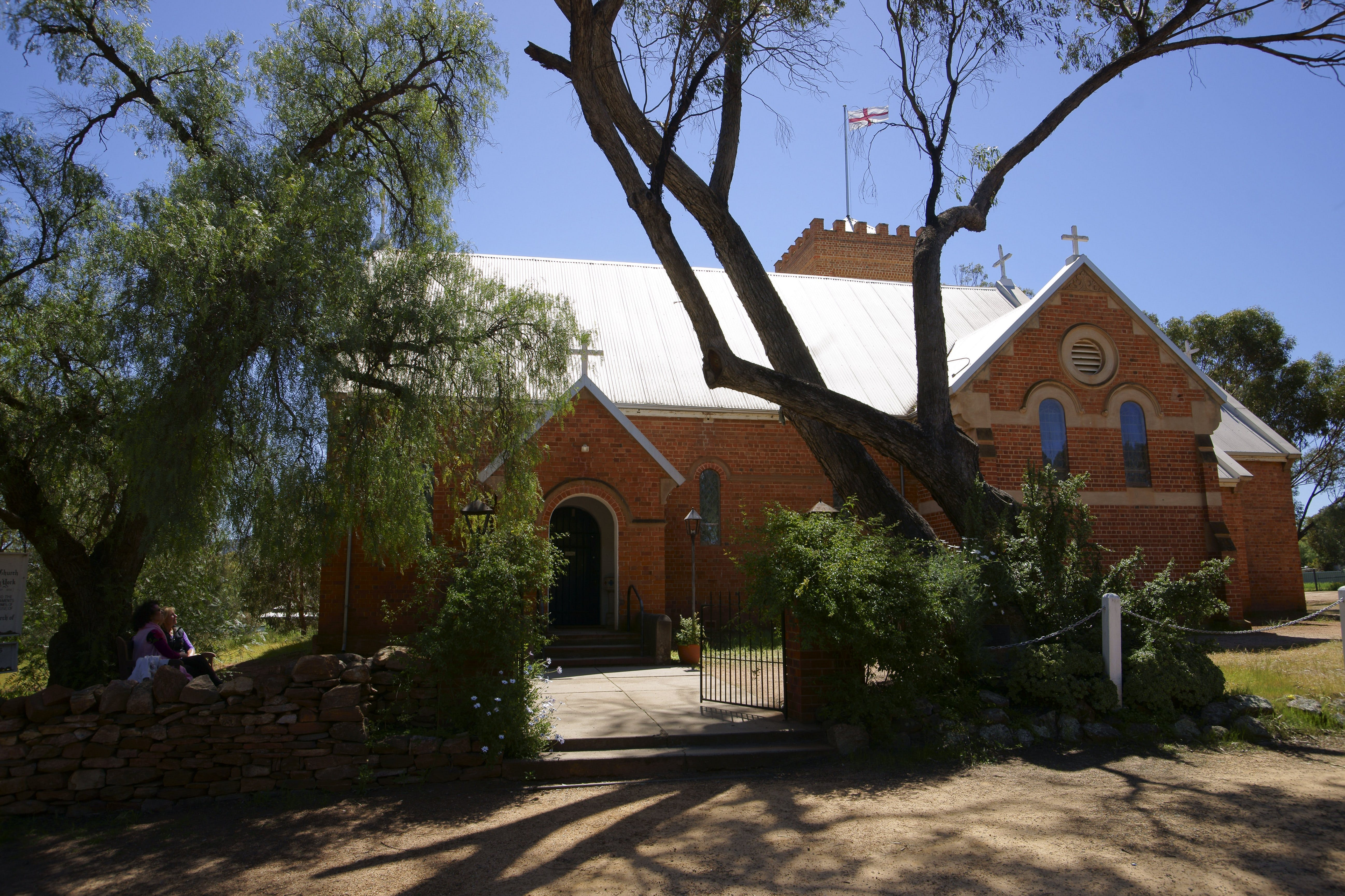 Holy Trinity Anglican Church - Accommodation Search