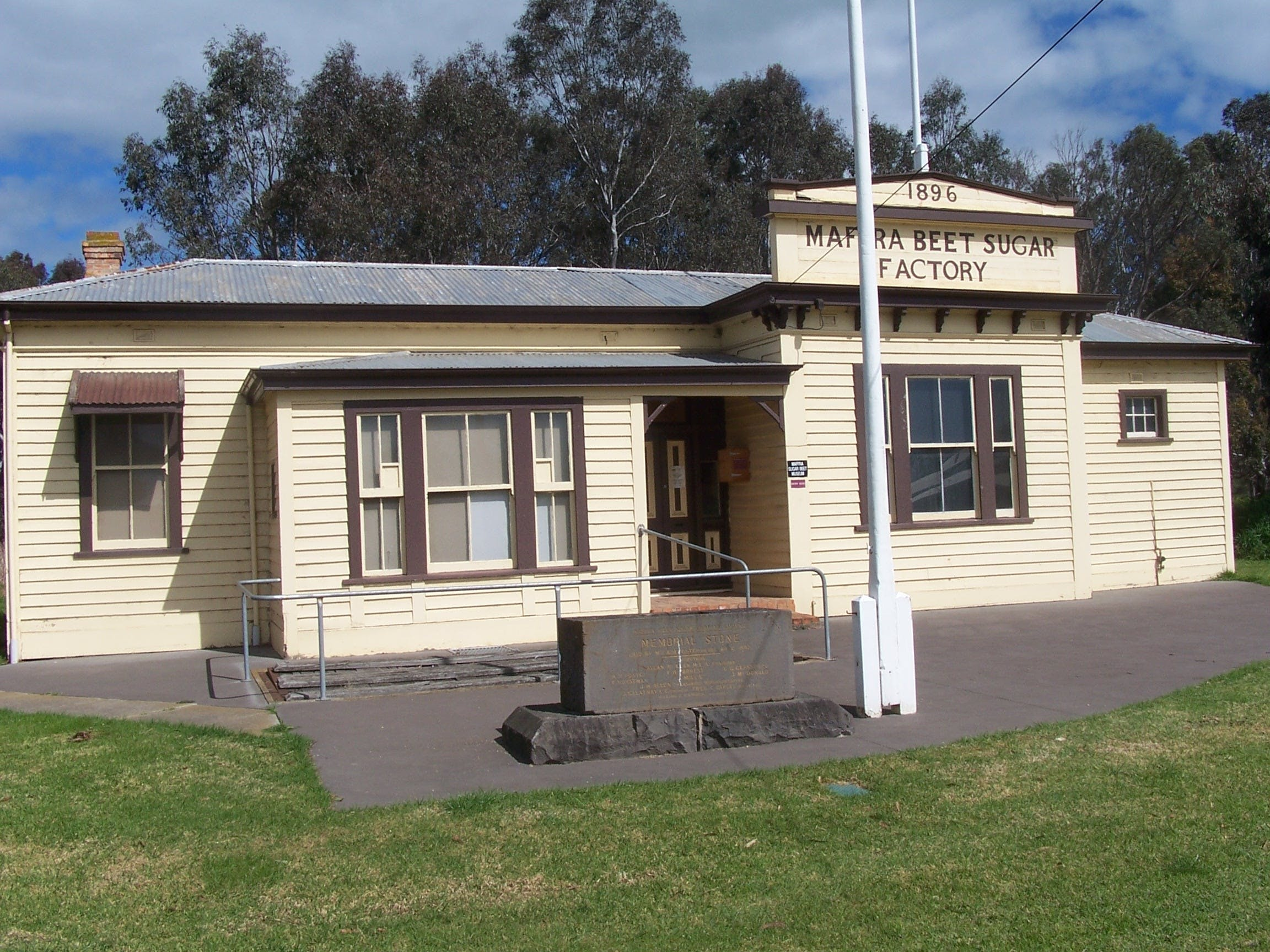 Maffra Sugar Beet Museum - Accommodation Search