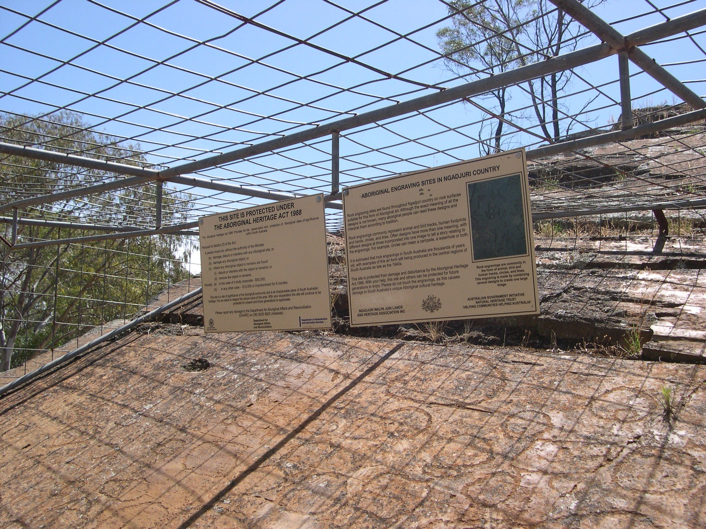 Aboriginal Carvings - Accommodation Search