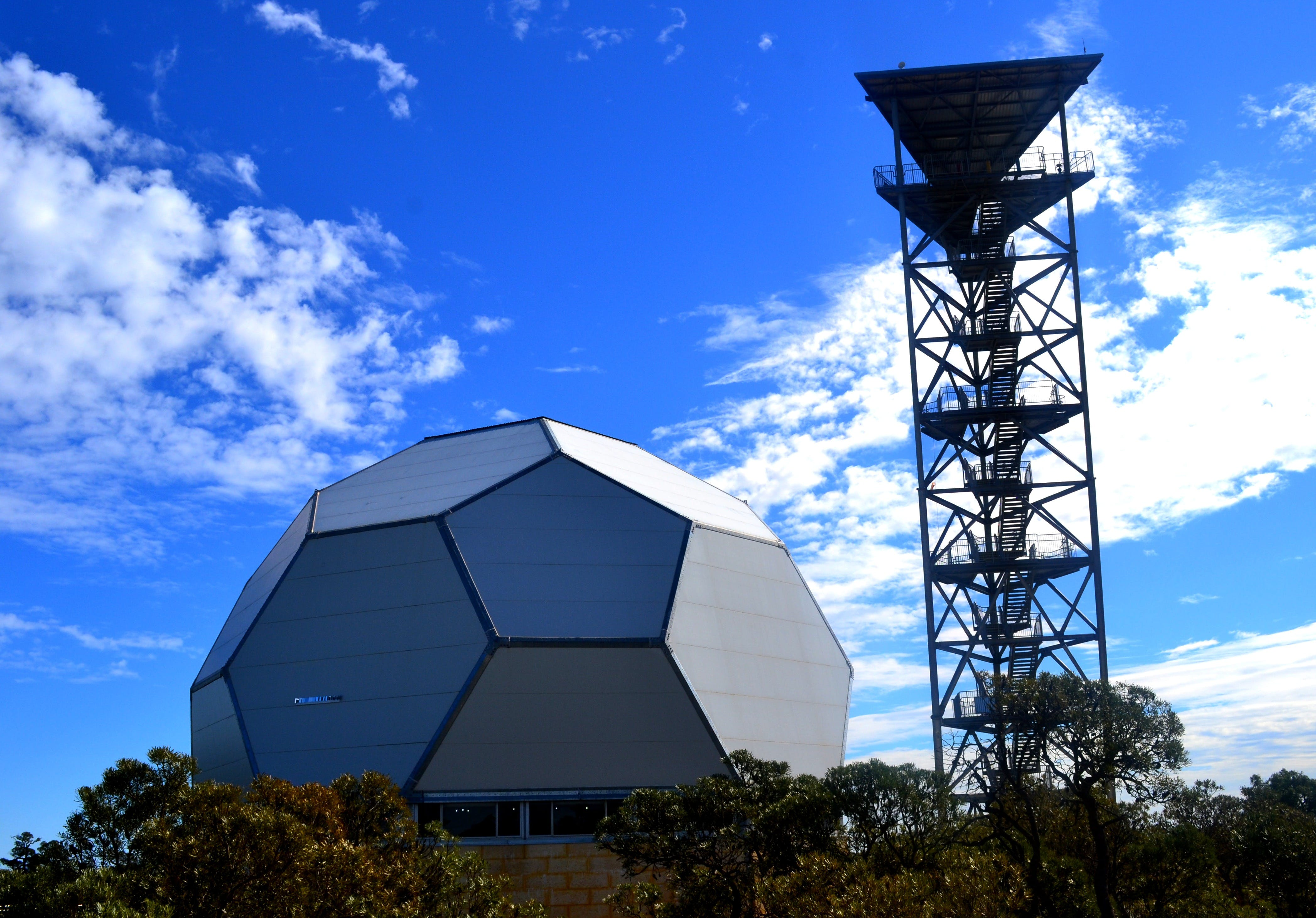 Gravity Discovery Centre and Observatory - Accommodation Search