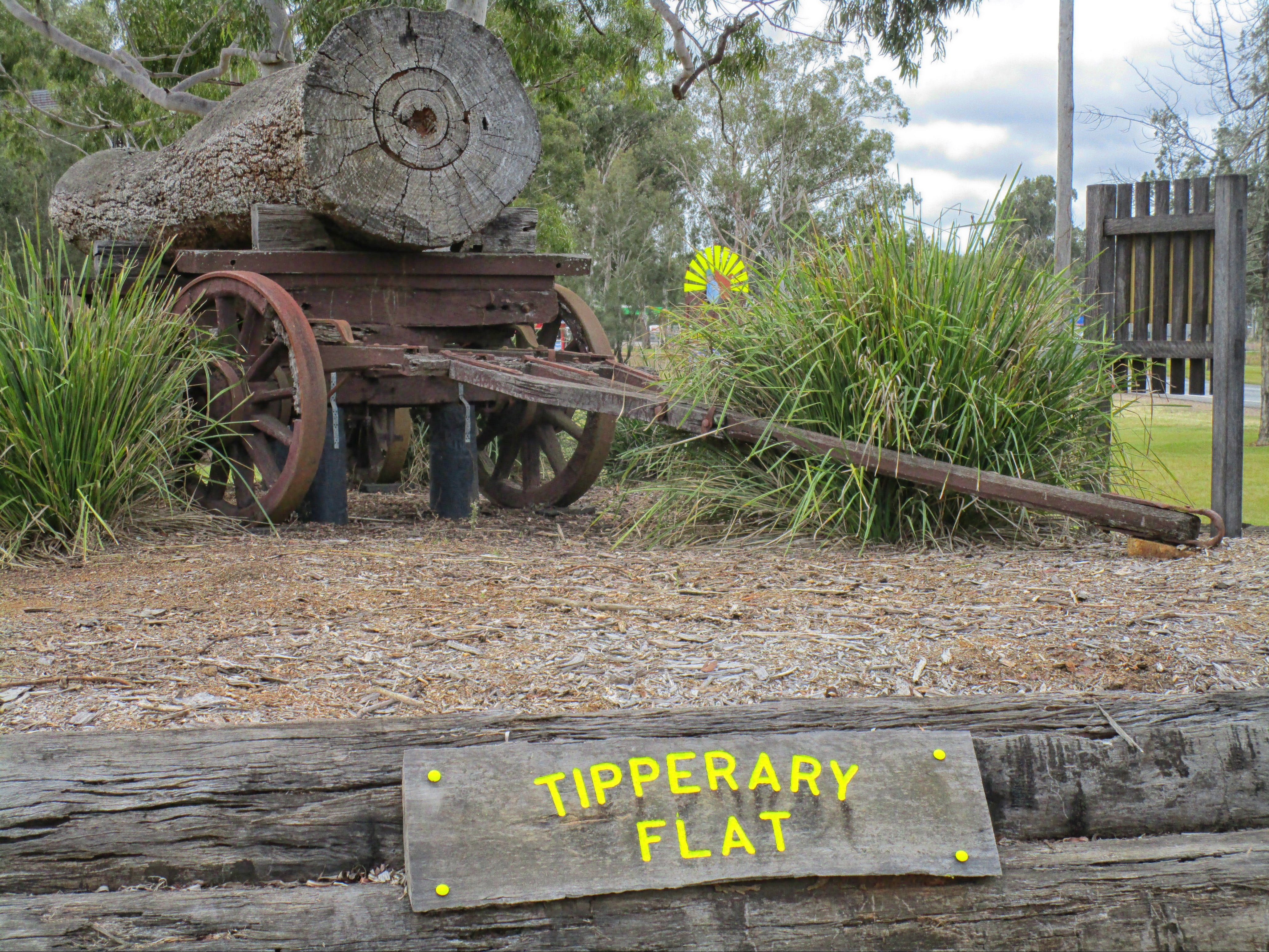 Tipperary Flat - Accommodation Search