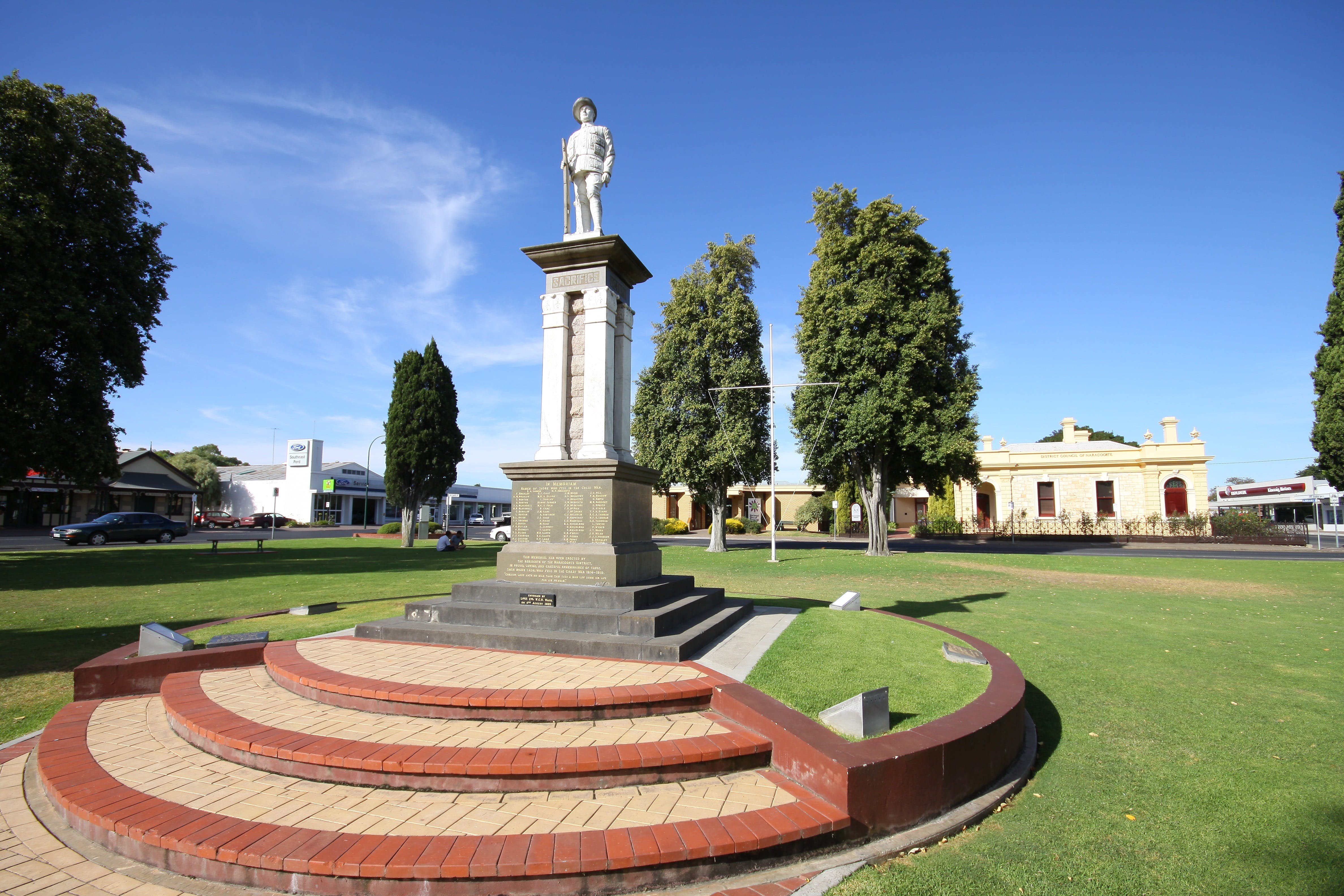 Naracoorte Town Square - Accommodation Search