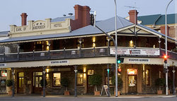 Coopers Alehouse at the Earl - Accommodation Search