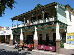 Shamrock Hotel Alexandra - Accommodation Search