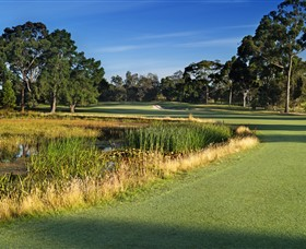 Commonwealth Golf Club - Accommodation Search