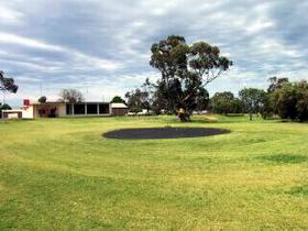 Cleve Golf Club - Accommodation Search
