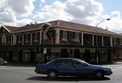 Keighery Hotel - Accommodation Search