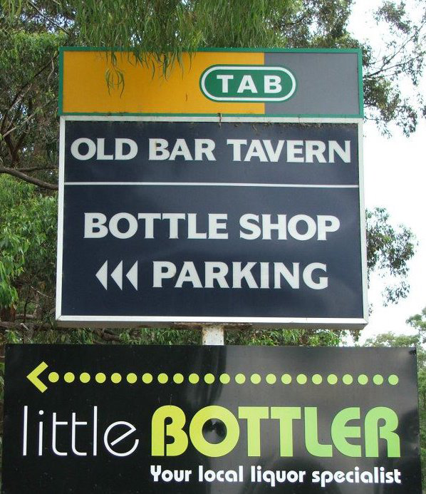 Old Bar Tavern - Accommodation Search