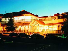 Loxton Community Hotel Motel - Accommodation Search