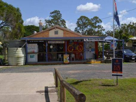 Buxton General Store - Accommodation Search