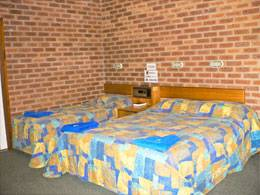 Bohle Barn Hotel Motel - Accommodation Search