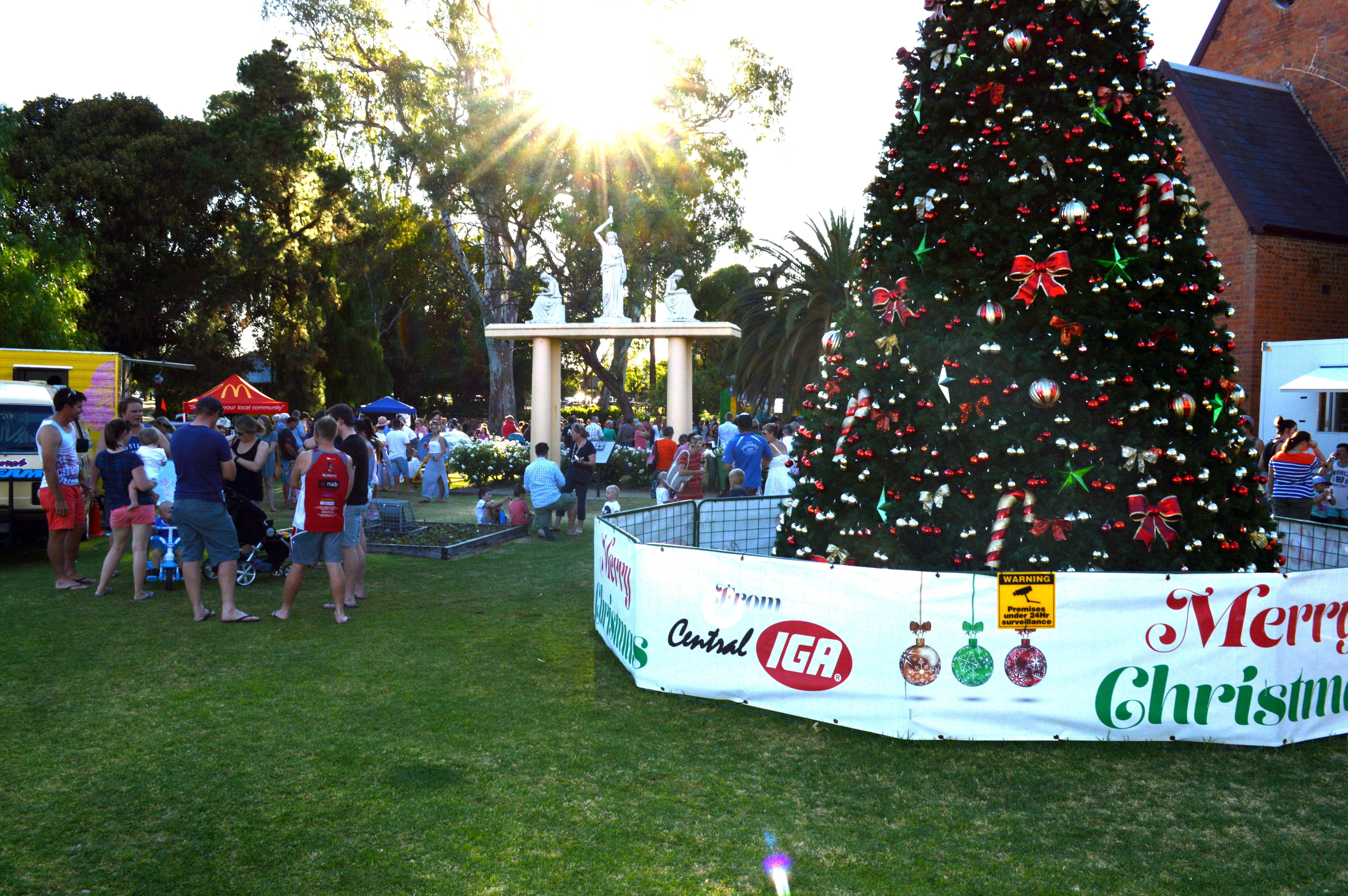 Community Christmas Party and Carols by Candlelight - Accommodation Search