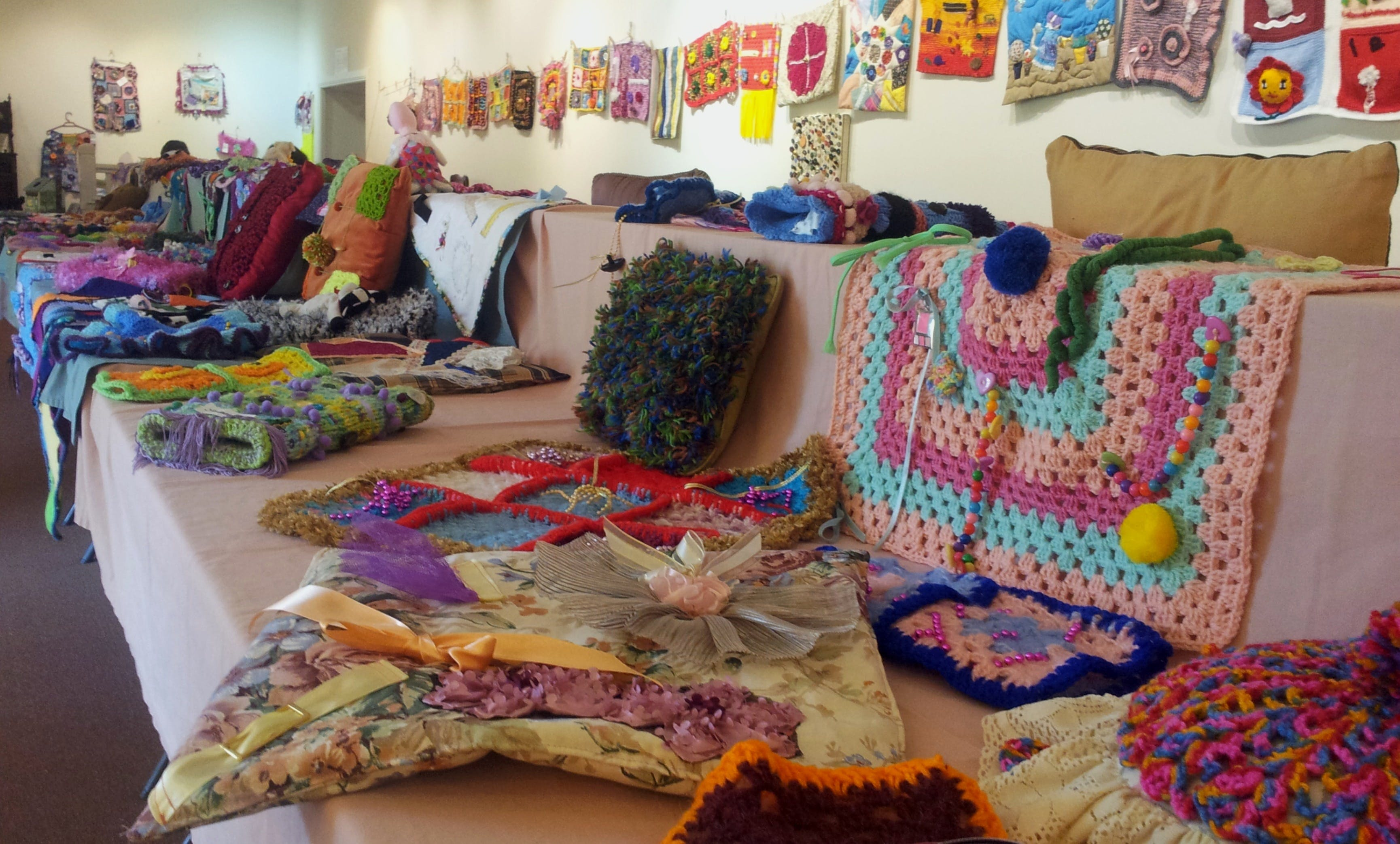 Dementia Fiddle Rug Exhibition - Accommodation Search