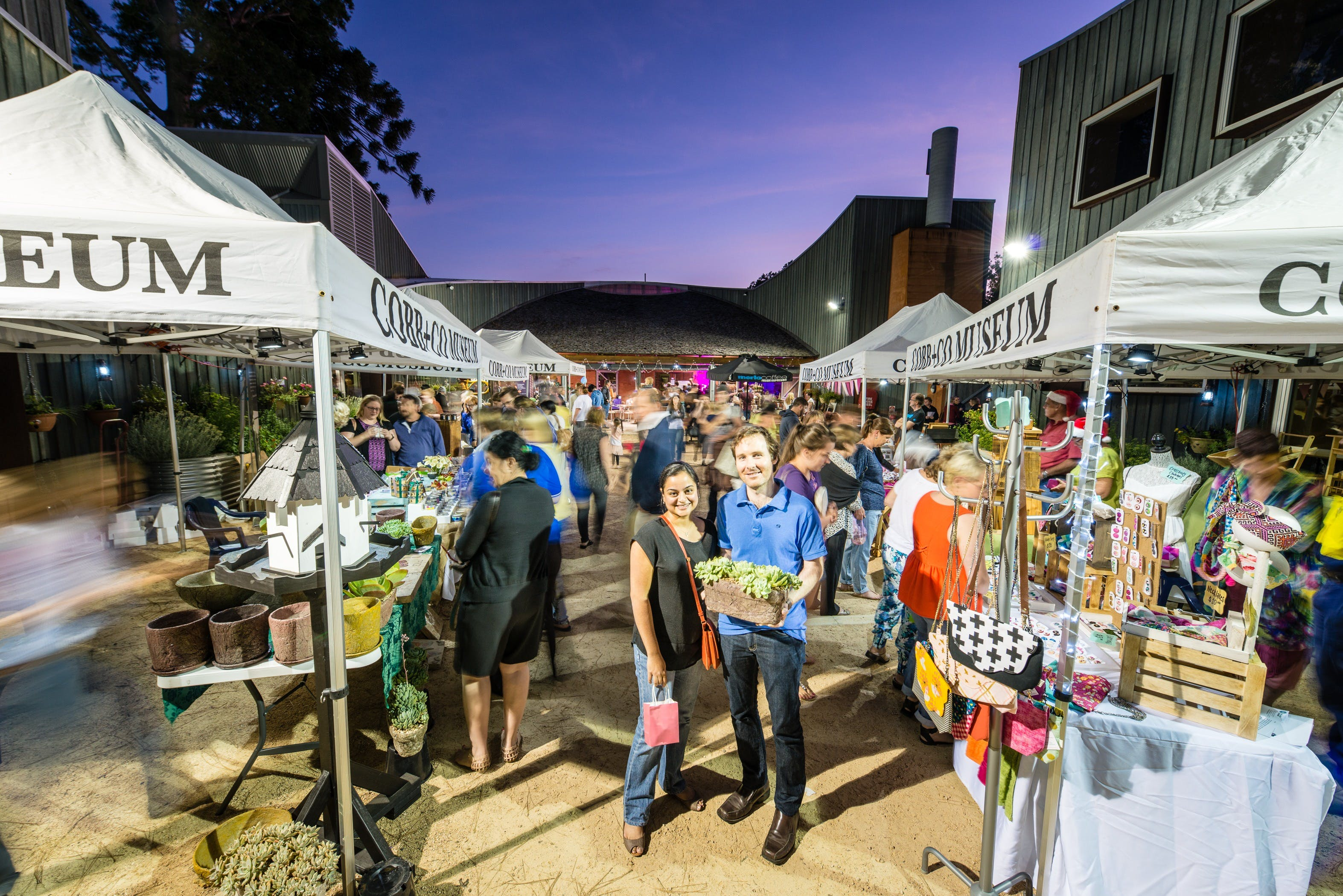 Hand Made Under the Stars - Twilight Market - Accommodation Search