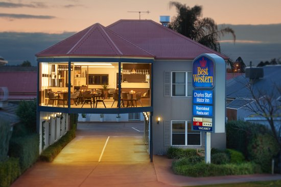 The Roundabout Restaurant - Accommodation Search