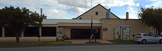 Balranald Ex-Services Club - Accommodation Search