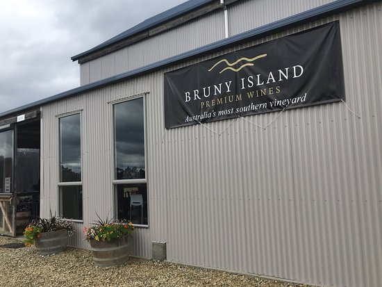 Bruny Island Wines Grill - Accommodation Search
