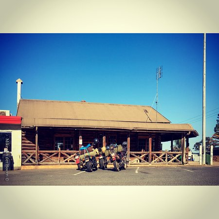 Gold Nugget Truck Stop - Accommodation Search