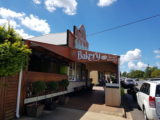 Blackbutt Woodfired Bakery - Accommodation Search