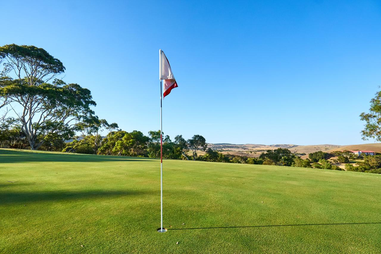 New Terry Hotel  Golf Resort - Accommodation Search