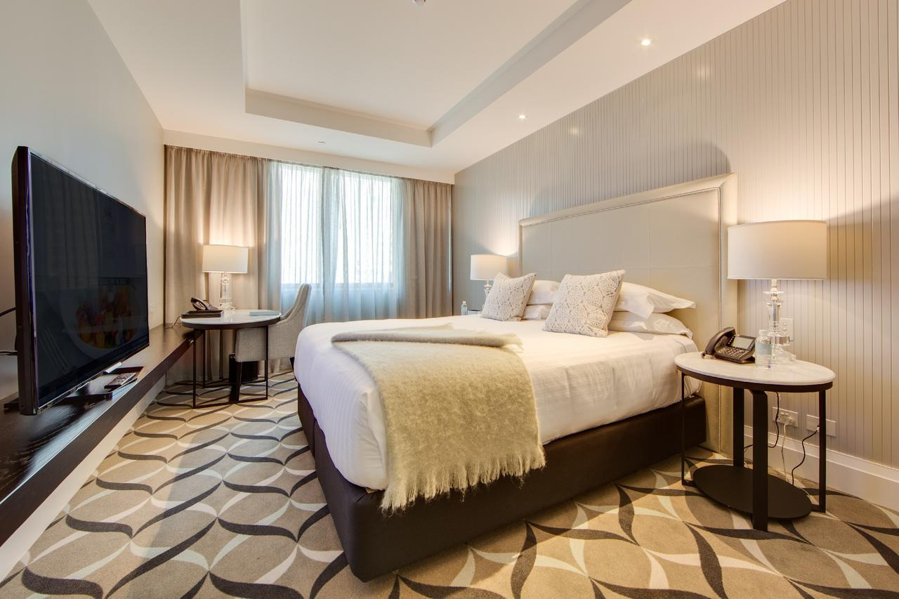 Mayfair Hotel - Accommodation Search