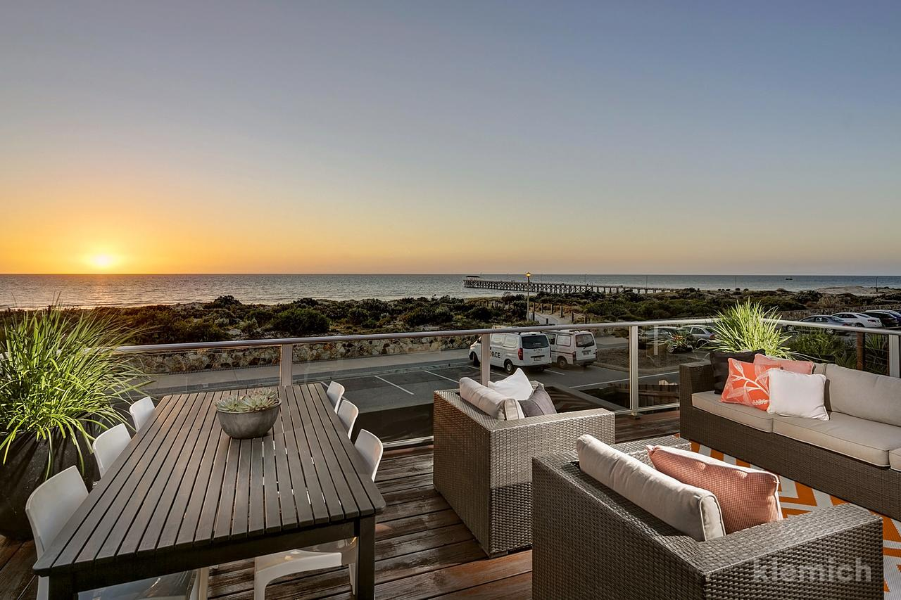 The Beach House  Grange - Accommodation Search