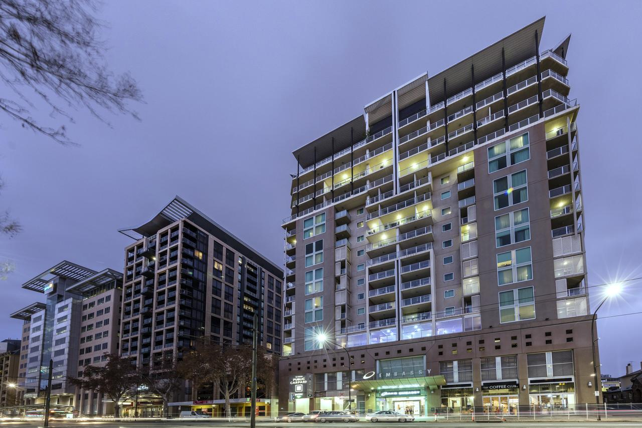 Oaks Embassy - Accommodation Search