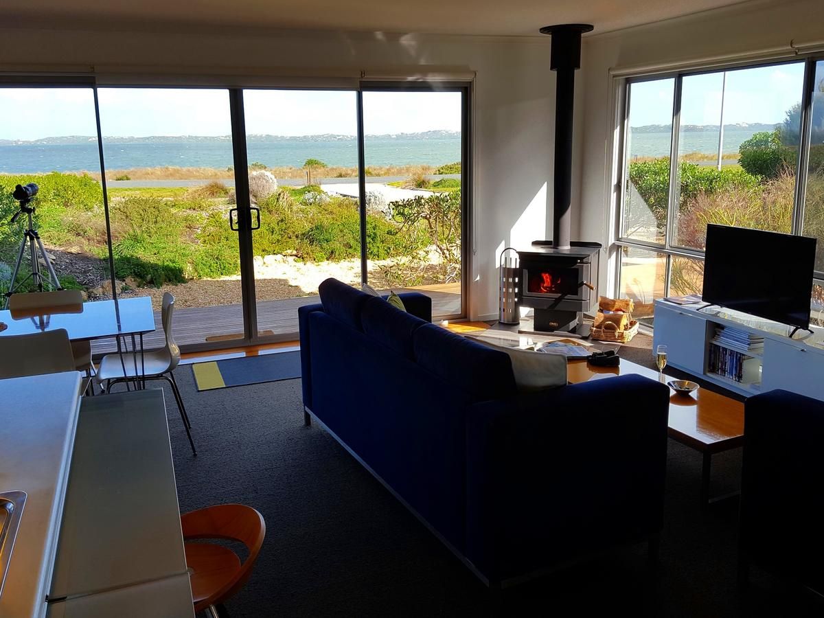 Coorong Waterfront Retreat - Accommodation Search